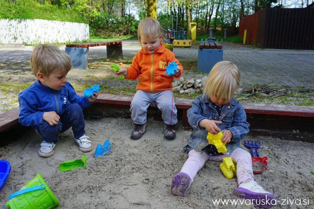 Igra v peskovniku