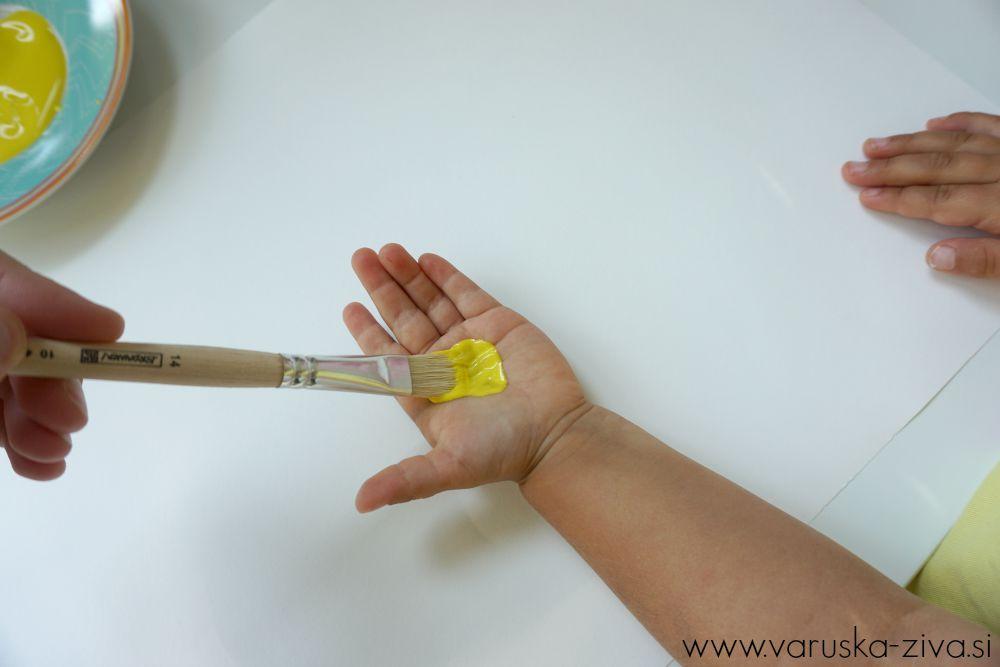 Piščančkove peruti naredimo z odtisom rokice