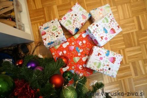 Dedek Mraz na obisku - darilca