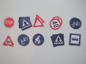 Spoznavanje in prirejanje prometnih znakov