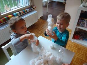 Snežak iz plastenke