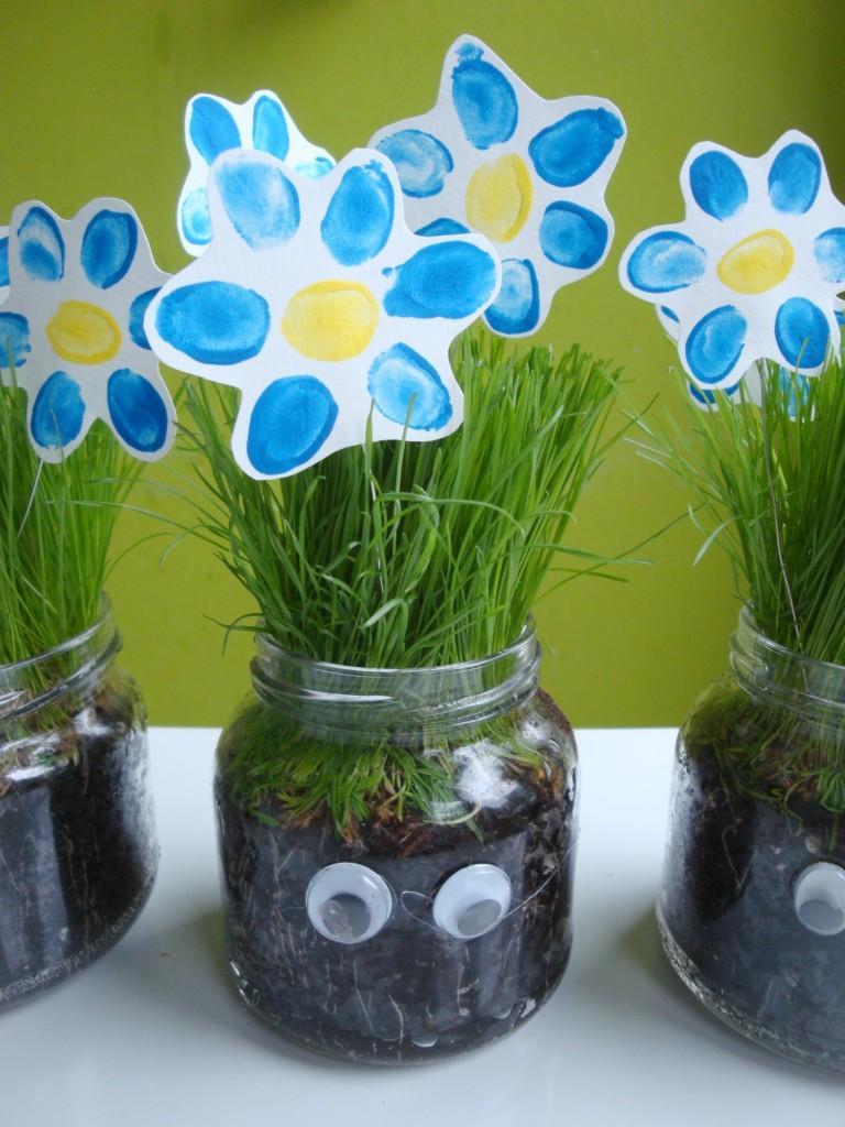 Rožica iz prstnih odtisov - Materinski dan - ustvarjanje