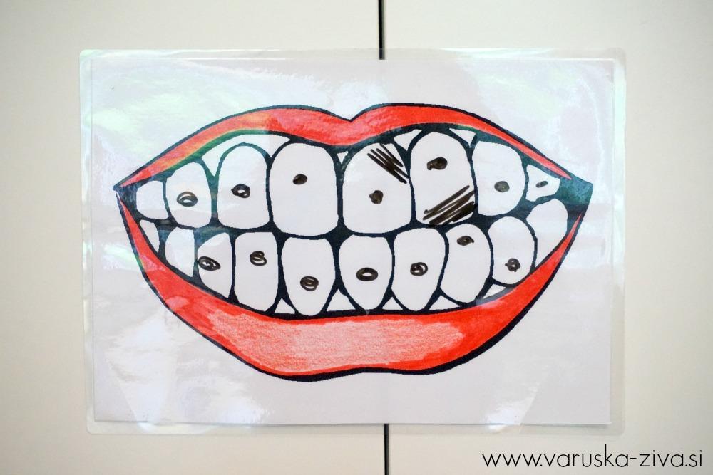 Čiščenje otroških zobkov
