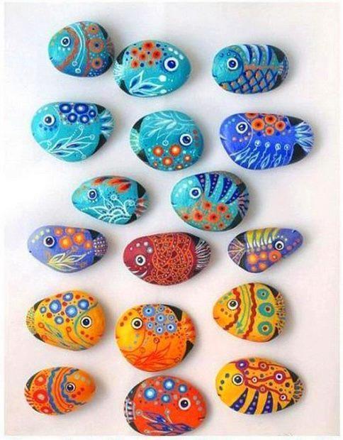 Poslikani kamni - ribice