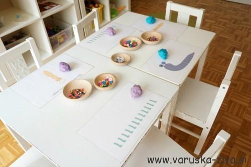Pripravljena miza za aktivnost