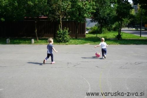 Igra nogometa :)