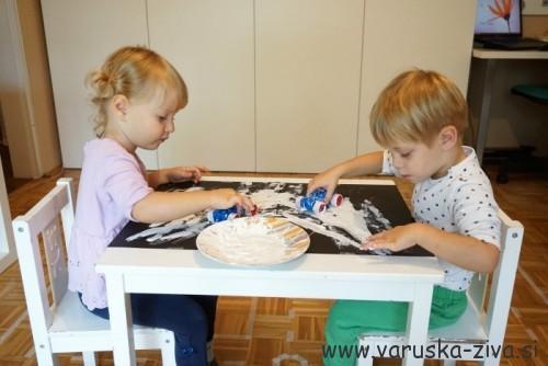 Slikanje z avtomobilčki - prometne aktivnosti za otroke