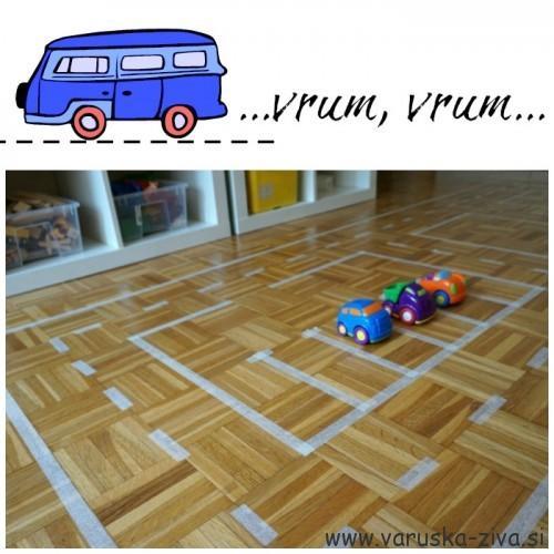 Cesta iz pleskarskega lepilnega traku - prometne aktivnosti za otroke