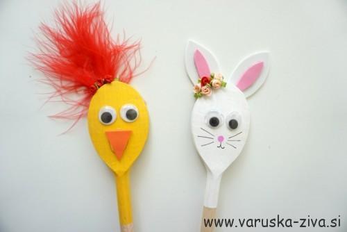 Velikonočne lutke iz lesenih kuhalnic - zajček in piščanček