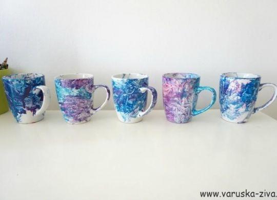 Poslikava šalčk z barvami za keramiko