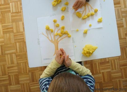 Jesenski domači plastelin - jesenske aktivnosti za otroke