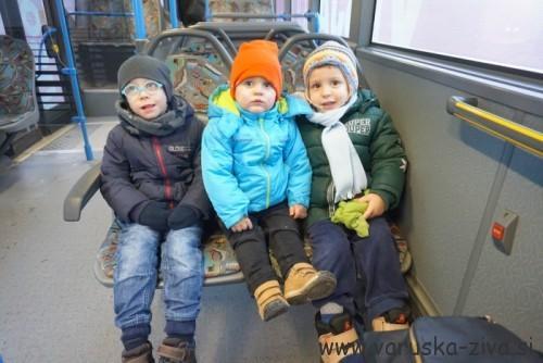 Na avtobusu :)