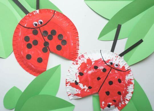 Pikapolonica iz papirnatega krožnika - pomladne aktivnosti za otroke