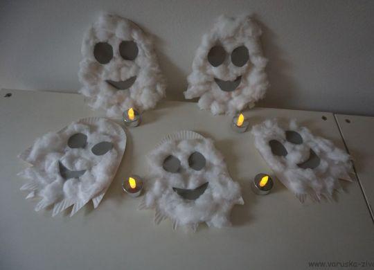 Mali strašni duhci iz papirnatih krožnikov