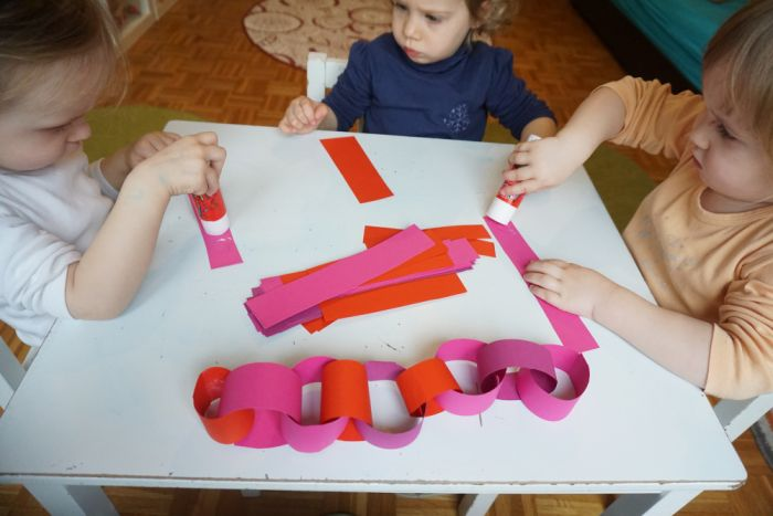 Valentinova girlanda - Valentinove aktivnosti za otroke