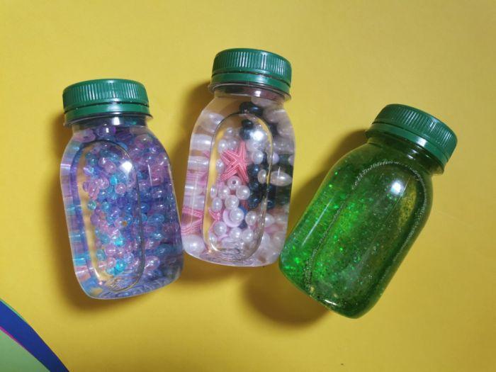 Doma narejene igrače za enoletnike - Vohunske stekleničke