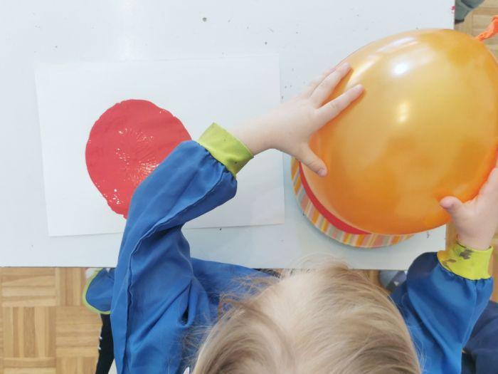 Pikapolonica - tisk z balonom